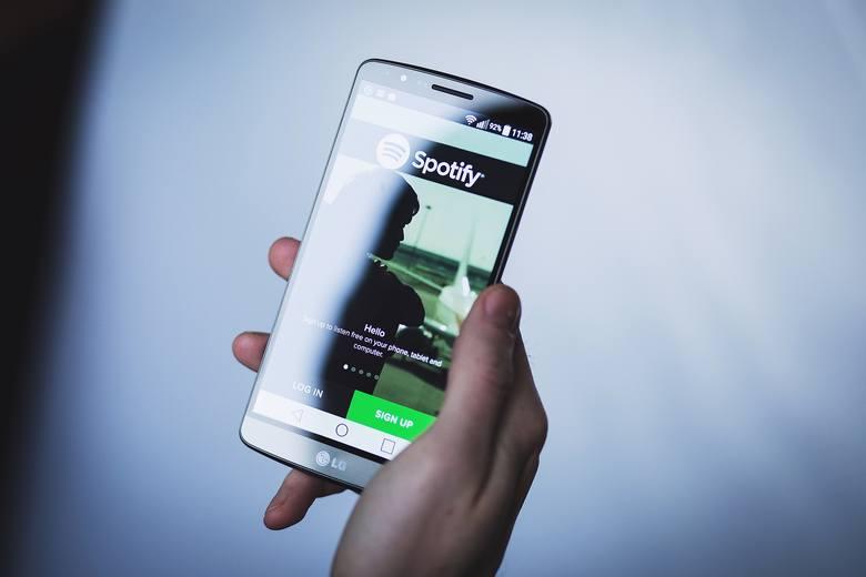 Spotify w końcu zaczęło zarabiać. I od razu decyduje się na poważne inwestycje