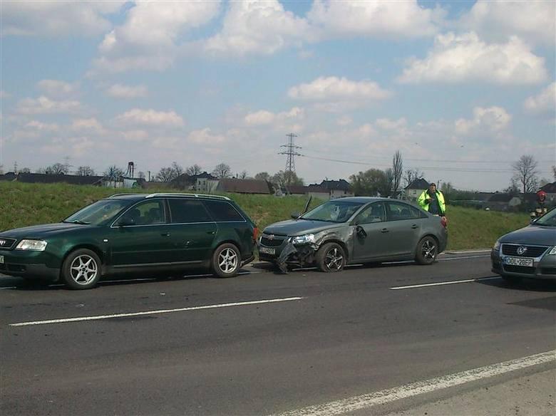 Na obwodnicy północnej zderzyły się trzy samochody.