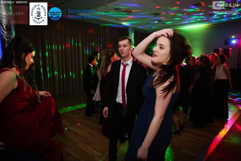 Tak na studniówkowej imprezie bawili się uczniowie XVI LO w Szczecinie. Zobacz także: Bądź w formie: Jakie błędy podczas treningu popełniamy najczęś