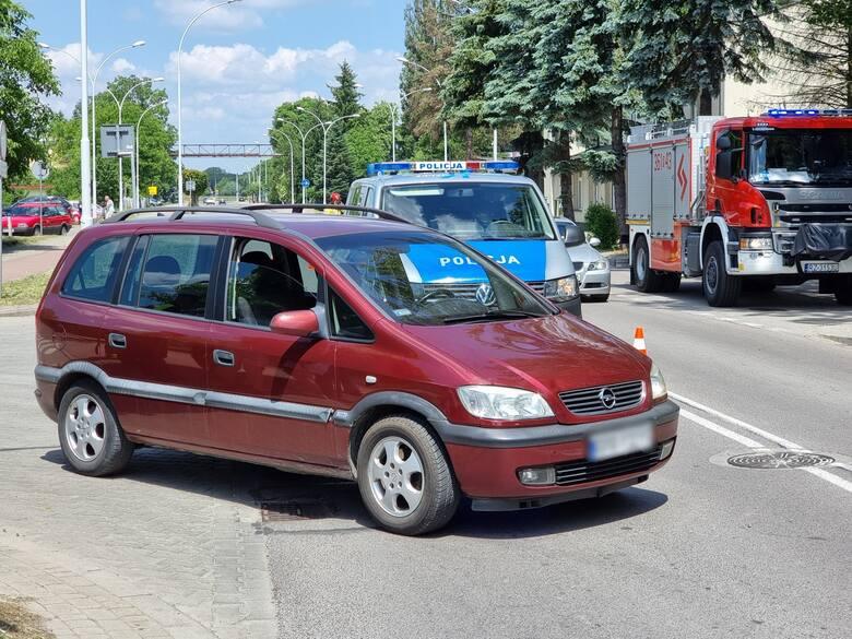 Wypadek w Przemyślu. Na ul. Ofiar Katynia kierująca oplem potrąciła rowerzystkę [ZDJĘCIA]