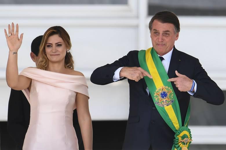 """Brazylia: Nowy prezydent Jair Bolsonaro zabiera się do rządzenia. Rewolucja może dotknąć """"lewicowców"""", środowiska LGBT i puszczę amazońską"""