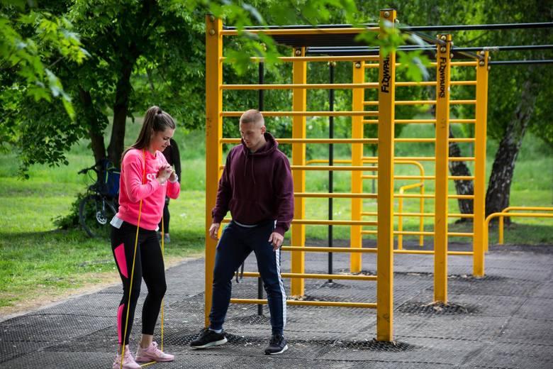 Znaczna część Polaków podejmuje aktywność fizyczną na zewnątrz, co należy ocenić jako pozytywny trend- tłumaczy.