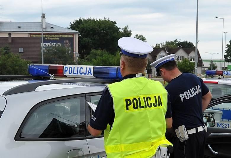 Policjanci masowo biorą zwolnienia. Epidemia wśród policjantów. W woj. podlaskim ponad 600 funkcjonariuszy wzięło L4