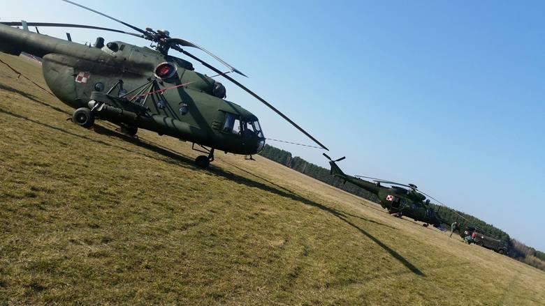W środę, 16 marca na płycie lotniska w Przylepie wylądowały 4 bojowe śmigłowce wojskowe z jednostki w Inowrocławiu. - Jest to dosyć rzadki widok dla