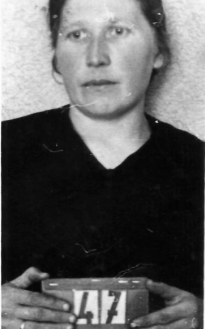 Żeby przeżyć, Marta Heldt zdecydowała się podpisać volkslistę, tzw. trzecią grupę