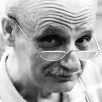 Upokorzony centuś kwili żałośnie z żalu do Polsatu