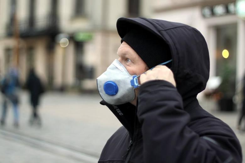 Smog 13.12.2019: W Śląskiem normy pyłów zawieszonych przekroczone o setki procent. Najgorzej na zachodzie, południu i w centrum regionu