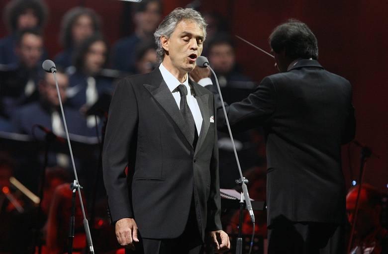 Na scenie Bocellemu towarzyszyć będą artyści światowej sławy – dyrygent Carlo Bernini, piosenkarka popowa Ilaria Della Bidia, sopranistka Maria Aleida