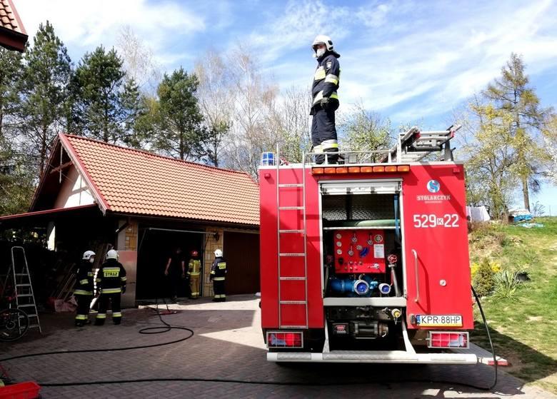 Pożar garażu w Lelowicach Koloni