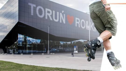 """W sobotni wieczór Toruń opanują rolkarze. """"Toruń ♥ Rolki"""" to wydarzenie organizowane Miasto Toruń i Stowarzyszenie Go Sport! Zwieńczeniem"""
