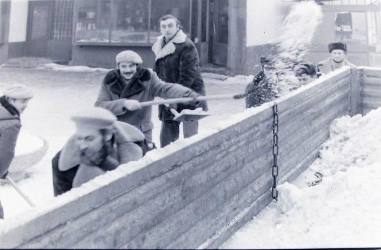 Odśnieżanie ul. Filmowej – styczeń 1979.