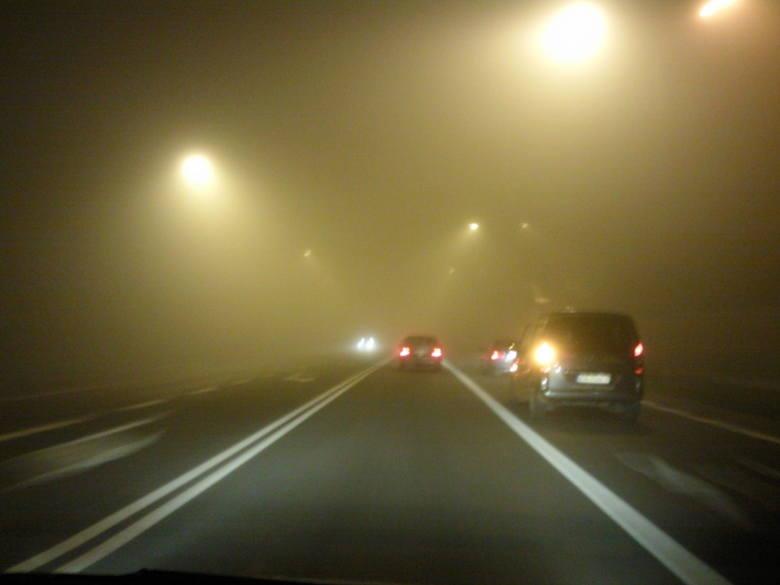 Meteorolodzy ostrzegają przed silną mgłą na Podkarpaciu
