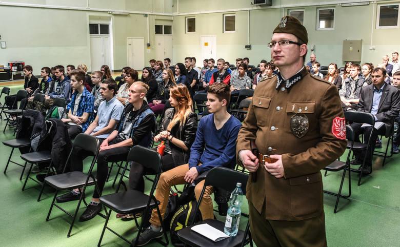 Debata w WZL w Bydgoszczy.