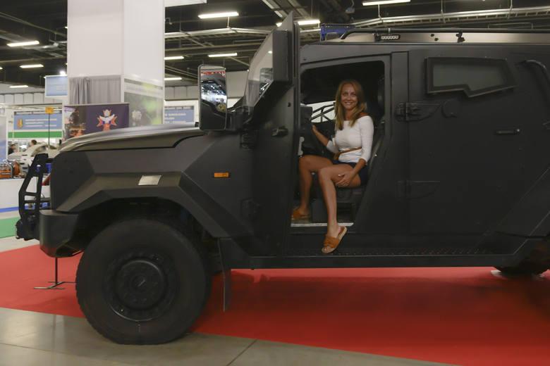 Jak co roku, na Międzynarodowym Salonie Przemysłu Obronnego w Kielcach oglądać można nowości i premiery. Jest także sprawdzony sprzęt wojskowy, który
