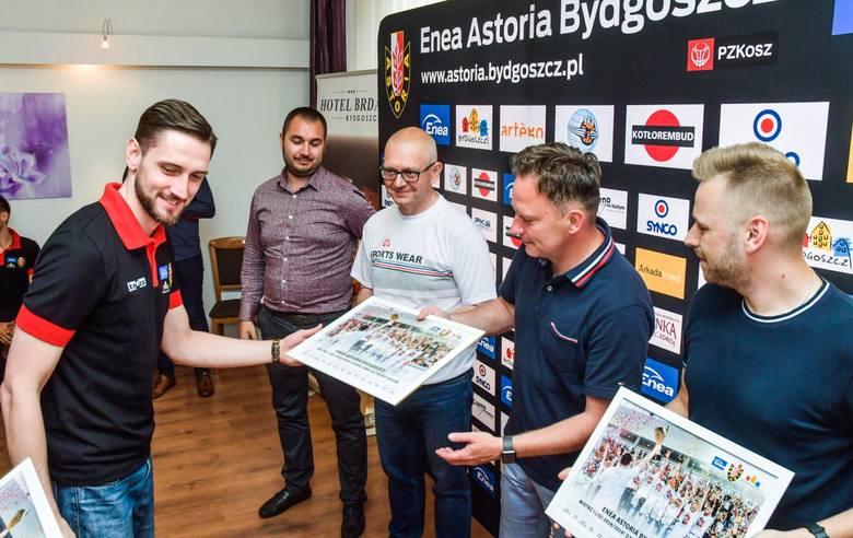 Koszykarze, trenerzy i działacze Enea Astorii, która kilkanaście dni temu awansowała do Energa Basket Ligi, spotkali się w hotelu Brda, by podziękować