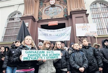 Uczniowie protestowali i płakali (film)