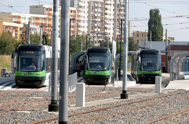 - Szybki tramwaj to dobra inwestycja, usterki na początku mogą się zdarzyć, ale ta sytuacja pokazuje, że tramwaj nie może być jedynym środkiem lokomocji,