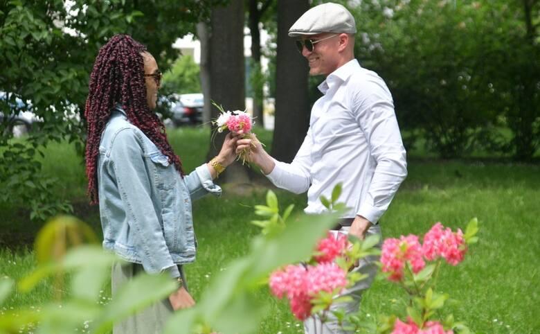Janisa Johnson i Meik Karwot poznali się w Radomiu. Janisa i Meik są wspaniałą kochającą się parą. Mają duże plany na przyszłość. Trzymamy kciuki za
