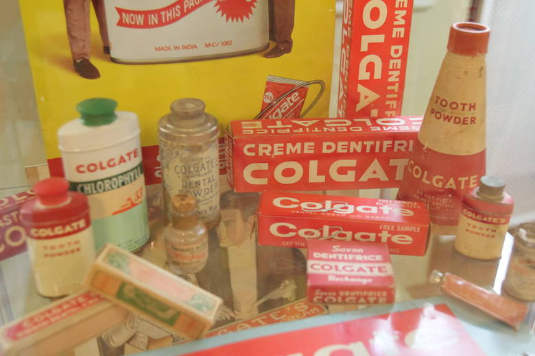 Jak dawniej leczono zęby? Niezwykła wystawa stomatologiczna w Łodzi [ZDJĘCIA]