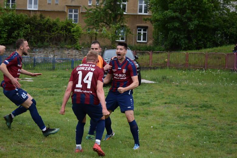 Warta Gorzów pokonuje Ruch Zdzieszowice, ale spadek z trzeciej ligi cały czas bardzo realny