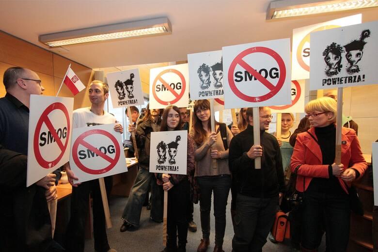 Walka o ochronę powietrza w Małopolsce trwa od prawie 10 lat. Najwyższy czas ją przyspieszyć. Czas ucieka, a z nim zdrowie i życie wielu tysięcy Mał