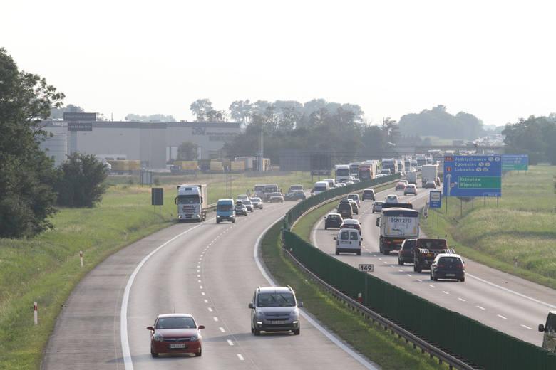 Niedawno pisaliśmy, że trwają ustalenia Generalnej Dyrekcji Dróg Krajowych i Autostrad z Inspekcją Transportu Drogowego na temat instalacji urządzeń