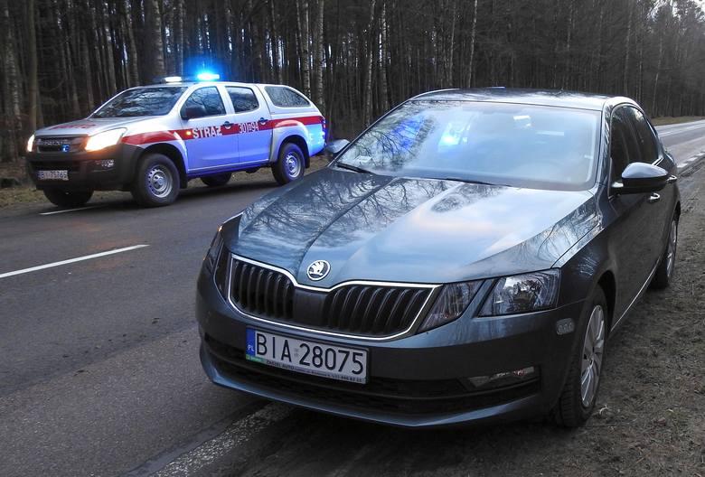 Skoda Octavia III po liftingu to dosyć popularny radiowóz białostockiej drogówki. Ona też jest wyposażona w obrysówki na przednim zderzaku.Zobacz też: