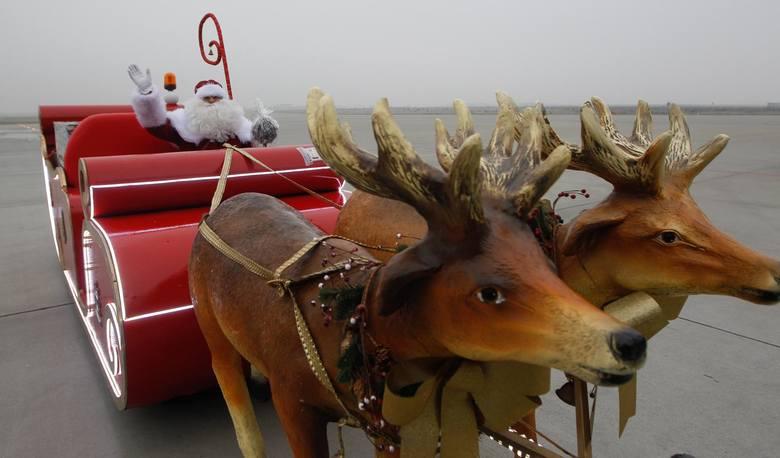 Ponad połowa Polaków, którzy kupują prezenty świąteczne w sieci, robi to ze względu na atrakcyjniejsze ceny produktów niż w sklepach stacjonarnych -