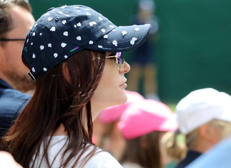 Wimbledon 01 07 2019 trzeci z czterech turniejow wielkiego szlema rozgrywany na trawiastych kortach wimbledonuna zdjeciu agnieszka radwanska oglada mecz