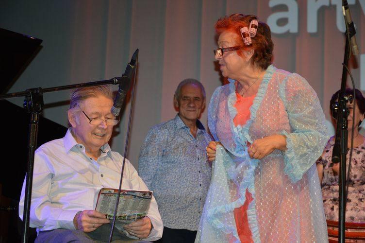Kabarety podczas XXV Wojewódzkiego Przeglądu Artystycznego Ruchu Seniorów [ZDJĘCIA]
