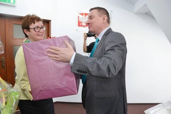 Burmistrz miasta przekazał nagrody za zajęcie I miejsca w plebiscycie - Świeć się z Energą (zdjęcia)