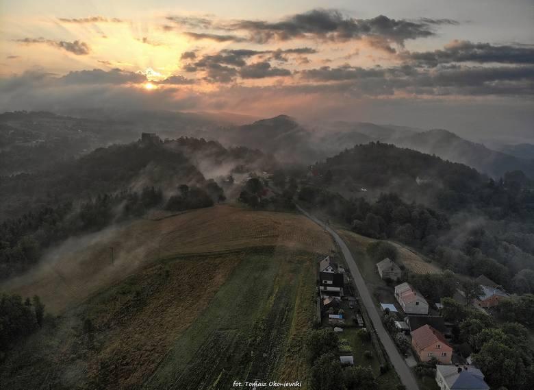 Poranny widoki na zamek Kamieniec w Odrzykoniu - te piękne, wykonane w środę 4 września, zdjęcia otrzymaliśmy od naszego internauty.ZOBACZ TEŻ: Tatry