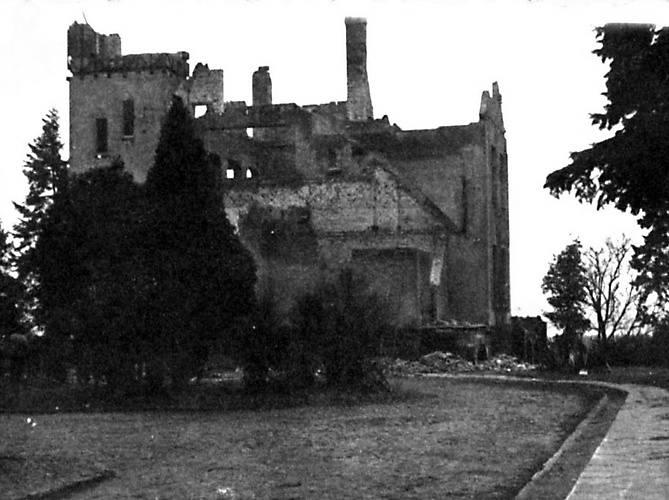 Budowa willi przy Rybakach 59 kosztowała Sopparta 25 tys. marek. Architekt mieszkał w niej  do 1922 roku. Później przeniósł się do domu przy Sienkiewicza