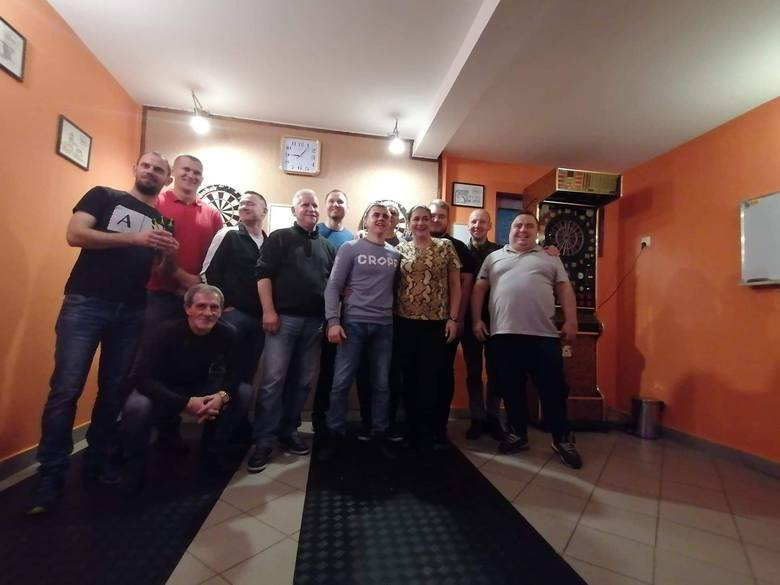 W sobotę (12 października) odbył się już kolejny, bo IV Indywidualny Turniej w Darta. Udział wzięli zawodnicy z Białogardu oraz zaproszeni goście. Zacięta