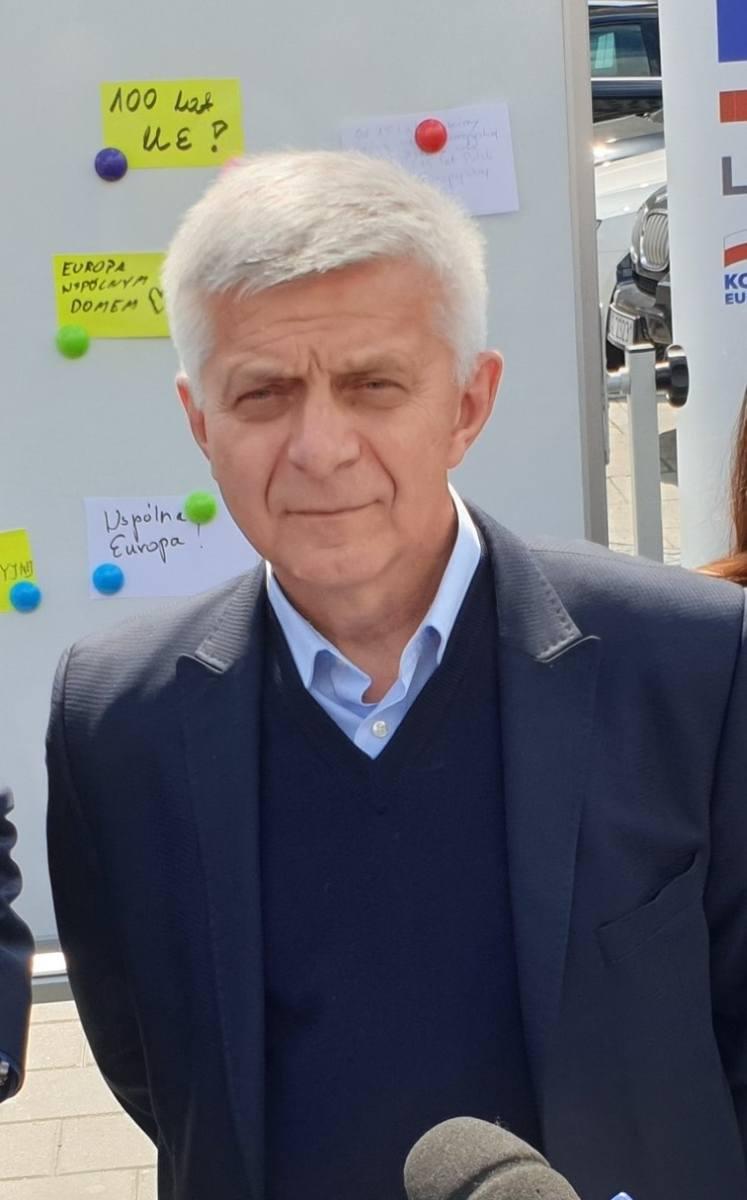 Były premier, Marek Belka, który do Parlamentu Europejskiego startował z listy Koalicji Obywatelskiej dysponuje razem z żoną majątkiem wartym prawie