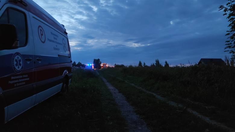W jednym z domów w Strzeżenicach koło Koszalina doszło do pożaru.Na miejscu strażacy znaleźli zwęglone ciało kobiety. Przyczyny pożaru ustalają strażacy.