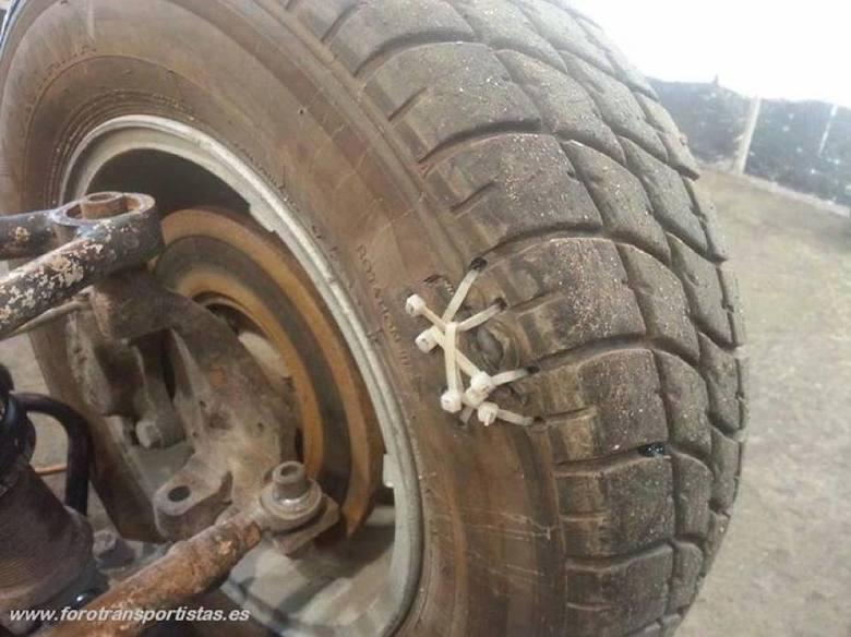 Zdjęcia udostępnione dzięki uprzejmości fanpage'a Mechanik płakał jak naprawiał.