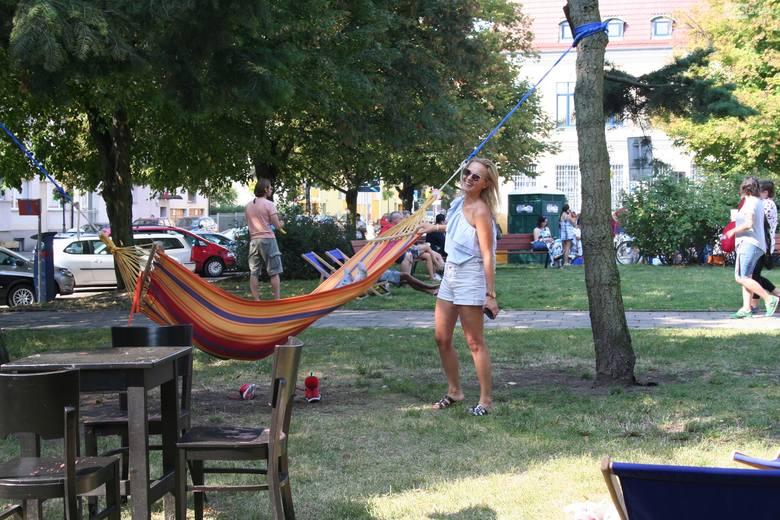 Pchli targ na placu Orła Białego w Szczecinie. Przyszły tłumy [ZDJĘCIA]
