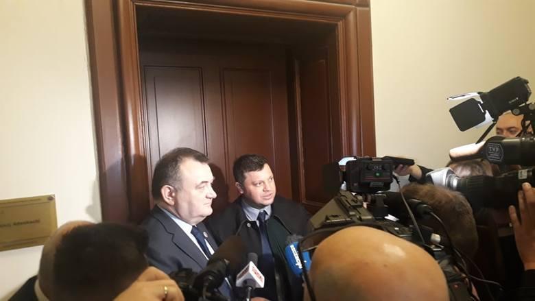 Ruszył proces w sprawie afery melioracyjnej. Prokurator przedstawił zarzuty dla Stanisława Gawłowskiego
