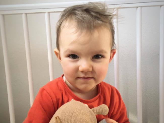 Ostrołęka. Lenka ucieka przed wyrokiem. Niespełna 2-letnia dziewczynka walczy z rdzeniowym zanikiem mięśni. Pomóc może najdroższy lek świata