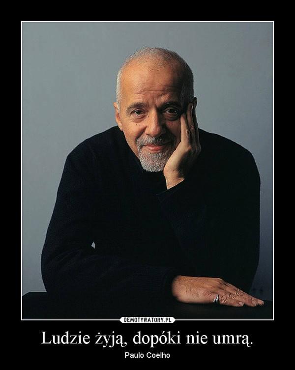 Żelazko jest gorące, gdy się nagrzeje. Internet śmieje się z mądrości Paulo Coelho. Które MEMY najlepsze?
