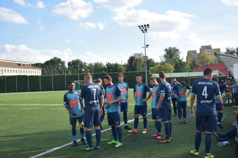 Przed piłkarzami Mazowsza Grójec jeszcze w listopadzie dwa mecze z rundy jesiennej.