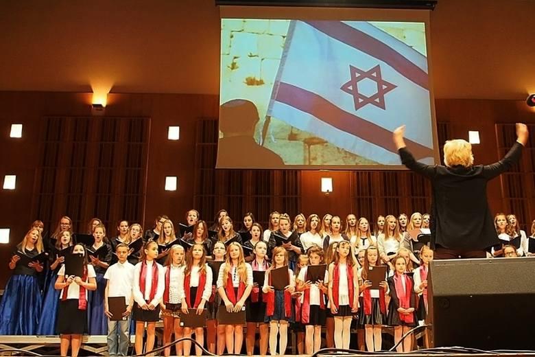 Filharmonia Podlaska. Festiwal Zachor. Białostockie chóry śpiewały w języku hebrajskim (zdjęcia, wideo)