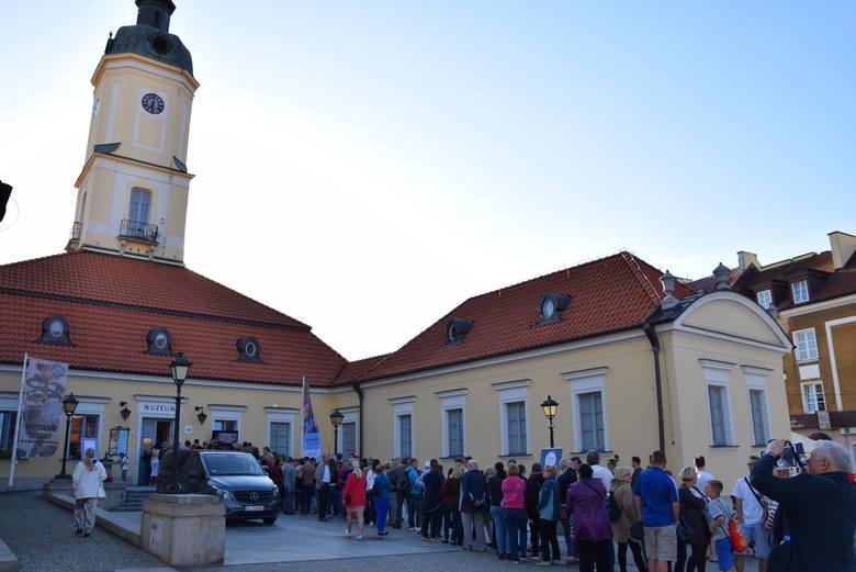 Noc Muzeów to ogólnopolska akcja w trakcie której, podczas jednego wieczoru możemy odwiedzać muzea oraz instytuje kultury za darmo. Białystok dołączył