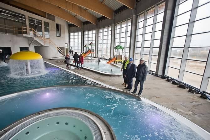 Budowa aquaparku od kuchni