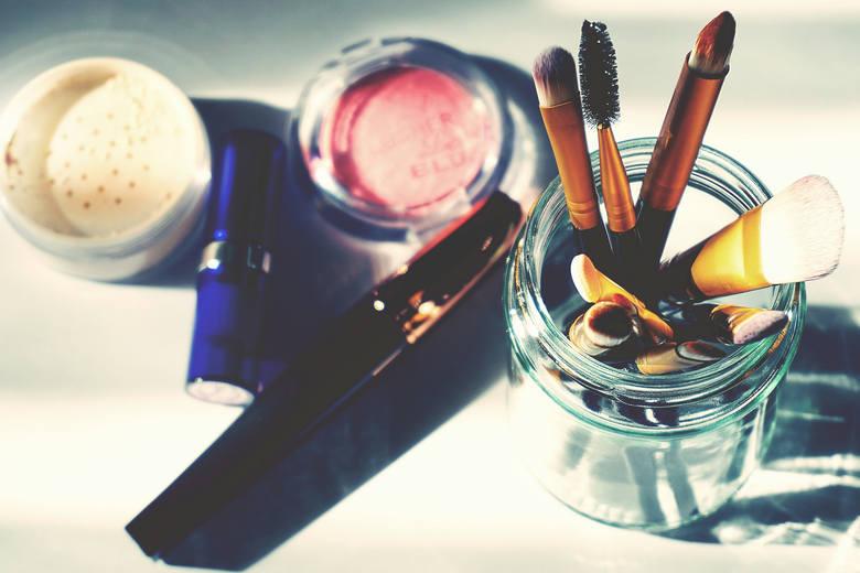 Polska branża kosmetyczna to międzynarodowa potęga, a rodzime marki znane są w ponad 160 krajach na całym świecie. Szacuje się, że do 2021 roku wartość