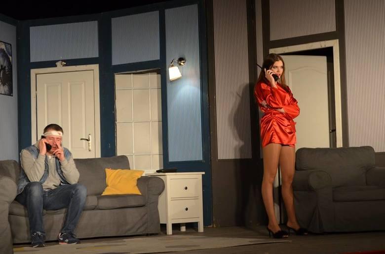 """Jedna z najlepszych komedii teatralnych świata, """"Mayday"""" Raya Cooney'a wystawiona została na deskach Sławieńskiego Domu Kultury. To"""