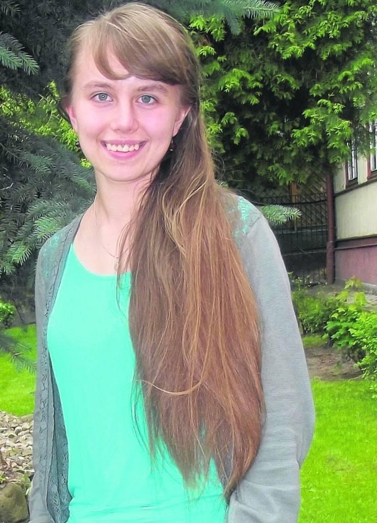Justyna Piruta jest uczennicą II klasy o profilu prawniczym w LO w Dąbrowie Białostockiej