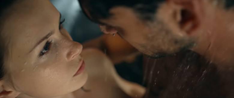 """""""365 dni"""" - film na podstawie bestsellerowej powieści erotycznej Blanki Lipińskiej pojawi się w kinach 7 lutego. W pierwszym oficjalnym"""