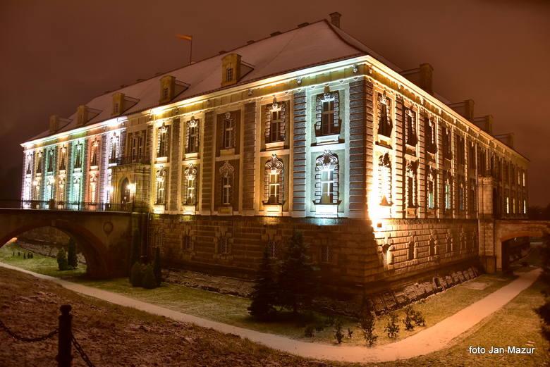 Pałac Książęcy w Żaganiu zimą
